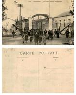 58 - GUERIGNY - Les Forges - Sortie Des Ouvriers - Guerigny
