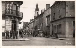 Henrichemont. Rue De Bourgogne, Côté Droit. - Henrichemont