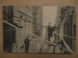 CPA CP PARIS 75 - INONDATIONS DE 1910 / RUE HÔTEL-COLBERT / ANIMÉE - TRÈS BON ETAT - La Crecida Del Sena De 1910