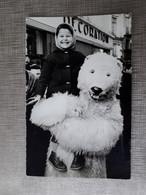 ENFANTS  DEGUISEMENT OURS  ENFANT  Photo Provenant D'un Lot De NANTES MI CAREME ? - Anonymous Persons