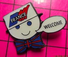 1819 Pin's Pins / Beau Et Rare / THEME : AUTRES / FRANCE NOEUD PAPILLON ANGLAIS WELCOME - Altri