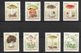 GERMANY, DEMOCRATIC REPUBLIC 1974 MUSHROOMS - Mushrooms