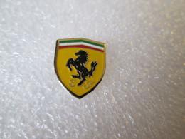 PIN'S    LOGO   FERRARI   15X12mm - Ferrari