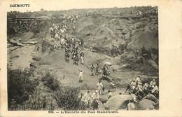 AFRIQUE  DJIBOUTI  L'escorte Du Ras Makonnen - Gibuti