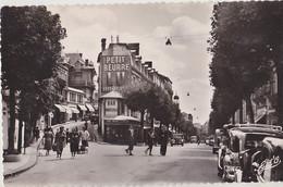 CHATEL GUYON  Avenue Baraduc Et Rue De La Poste - Châtel-Guyon