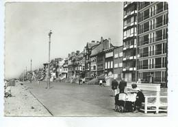 Nieuwpoort Nieuport Zeedijk ( Poussette - Landau ) - Nieuwpoort