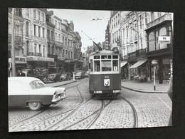 Photographie Originale De J.BAZIN : Tramways De LILLE (C.G.I.T./T.E.L.B) Terminus Grand' Place  En 1956 - Trains