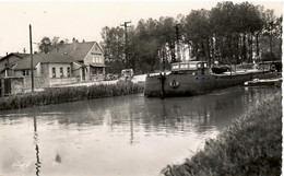PENICHE     PARGNY/ SAULX  LE CANAL - Houseboats