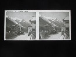 VUE STEREOSCOPIQUE SUR VERRE (M2105) FRANCE CHAMONIX Années 50 (3 Vues) Le Village - Stereoscopio