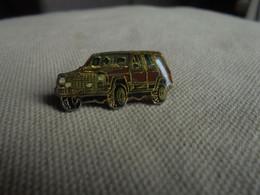 Vintage - PIN'S De Collection Voiture SUV Américain - Altri