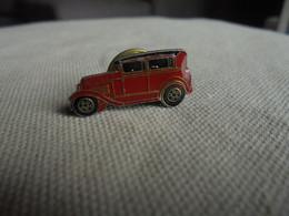 Vintage - PIN'S De Collection Voiture Ancienne - Pompieri