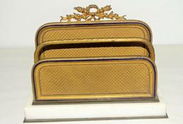 JOLI TRI COURRIER DE BUREAU STYLE EMPIRE SOCLE MARBRE FEUILLES LAITON & EMAIL XIXe Napoléon III - Briefbeschwerer