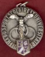 ** MEDAILLE  1956  +  A.S.S.U.  -  ACADEMIE  1952 ** - Unclassified