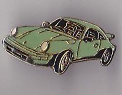 PIN'S   THEME  SPORT  AUTOMOBILE  PORSCHE VERTE - Porsche