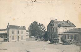 Soissons (02 Aisne) La Place De La Gare - Attelages Transportant Des Tonneaux - édit. PC - SI 2167 - Soissons