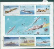 Grenada Grenadines 1995  WWII,World War II ,airplanes ,ships - 2. Weltkrieg