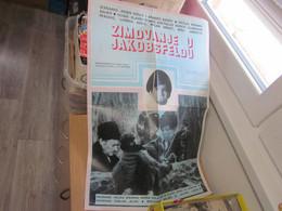 Zimovanje U Jakobseldu Slavko Stimac Svetislav Goncic Slobodan Perovic Ljubica Kovic 50x70 Cm - Posters