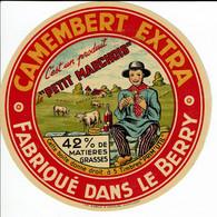 """Camembert Du Berry """" C'est Un Produit PETIT MARCHOIS """" 42% - - Kaas"""
