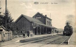 Belgique - Onhaye - Falaën - La Gare Et Arrivée Du Train - Onhaye