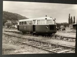 Photographie Originale De J.BAZIN : Autorail à Ottrott Ligne De ROSHEIM  à OTTROTT En 1954 - Trains