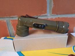 Lampe MX-991U US (copie De La TL -122 US Ww2) - Uitrusting