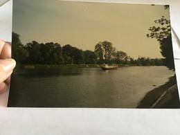 Photo Couleur 1995  Angleterre Royaume Unis Maison Port Bateau Péniche - Luoghi