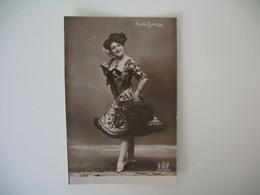 CPA Espagne Artiste  - Tajeta Fotografica -  Artiste  Pepita Sevilla    - Postkarte Spanien - Sonstige