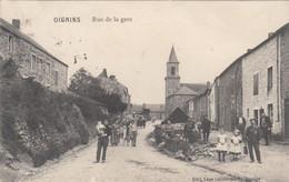 6367) OIGNIES - Rue De La Gare - Belebte Ansicht - Kinder Hund, Kirche Häuser - FELDPOST 17.03.1915 GIVET - - Unclassified