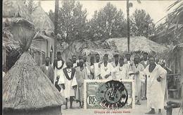 Village Sénégalais  Groupe De Jeunes Gens CPA 1906 - Senegal