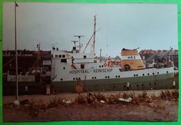 Photo Originale HOSPITAAL KERKSCHIP HKS , Bateau Hôpital,  Nederland,  Années 70, TB - Barche