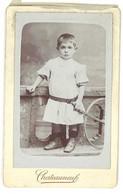 Photo CDV Enfant Au Cerceau, Photographe Chateauneuf - Personas Anónimos