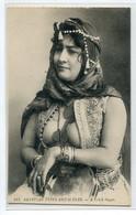 EGYPTE A Fellah Singer Femme Poitrine Nue Sortant Chemisier Egyptian Types And Scenes 184 Edit Behar Isaac  D16 2021 - Autres