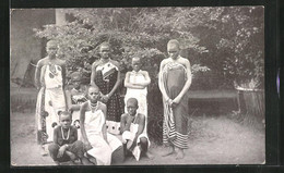 CPA Afrika, Women And Girls Of Kota Kota Dressed In The Chilundu - Unclassified