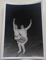 Photo De Patinage Artistique. Sport. Figure De Patinage. Duo. Couple. - Deportes