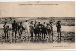 Le Chateau-d'Oleron-Ostreiculteurs Revenant Des Parcs Aux Huitres - Ile D'Oléron