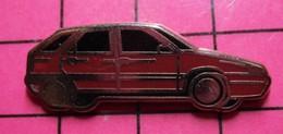1018B Pin's Pins / Beau Et Rare / THEME : AUTOMOBILES / CITROEN BX ROUGE SANG Par STARPIN'S - Citroën