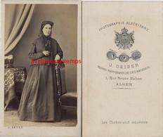 CDV Par Geiser à Alger (Algérie)- Femme Mode Second Empire - Antiche (ante 1900)