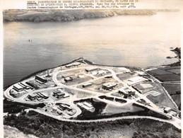 Photo De Presse.MLE10099.25x18 Cm Environ.Brest.Centre Oceanologique.Michel D'Ornano.1974 - Autres