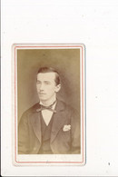 CDV Photo Portrait D'homme ( Photographe LEON GANIN à BOURGOIN 38 ISERE  ) - Anciennes (Av. 1900)