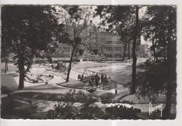 CPSM-93-Seine Saint Denis- BAGNOLET- Le Square Et Les Ecoles- - Bagnolet