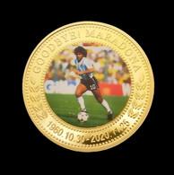 1 Pièce Plaquée OR ( GOLD Plated Coin ) - Hommage à Diego Maradona ( Ref 2 ) - Altre Monete