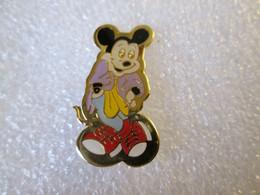 PIN'S    DISNEY   MICKEY - Disney