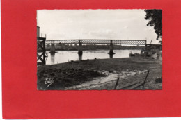 33-----CADILLAC SUR GARONNE--le Pont Métallique--voir 2 Scans - Cadillac