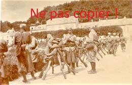 PHOTO FRANCAISE - POILUS AU BIVOUAC A RETHONDES  PRES DE COMPIEGNE OISE - GUERRE 1914 - 1918 - 1914-18
