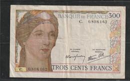 France Billet De 300 Francs Type 1938 Lettre  C Du 6 10 938 En Etat TTB Plusieurs Plis Et Trous - 300 F 1938-1939