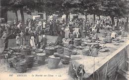 COMMERCE Foires Marchés - 80 - AMIENS Le Marché Sur L'Eau  ( Belle Animation ) CPA - Somme MARKET - Marktplaatsen
