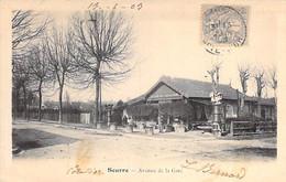 21 - SEURRE : Avenue De La Gare ( CAFE Du CHALET En Bon 1er Plan ) CPA Village ( 2.410 H )  Côte D'Or - Other Municipalities