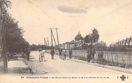 94 - VILLENEUVE TRIAGE ( ST GEORGES ) Route Entre La Seine Et Voie Ferrée Du PLM ( Train Dirigeable ) CPA Val De Marne - Villeneuve Saint Georges