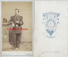 CDV Par Pineau à Grenoble- Soldat Du 52e R Vers 1875 - Guerra, Militari