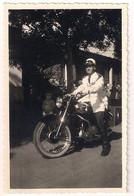 Photo - Bamako 1960 Gendarme Ou Policier Police Sur Sa Moto - Guerra, Militari